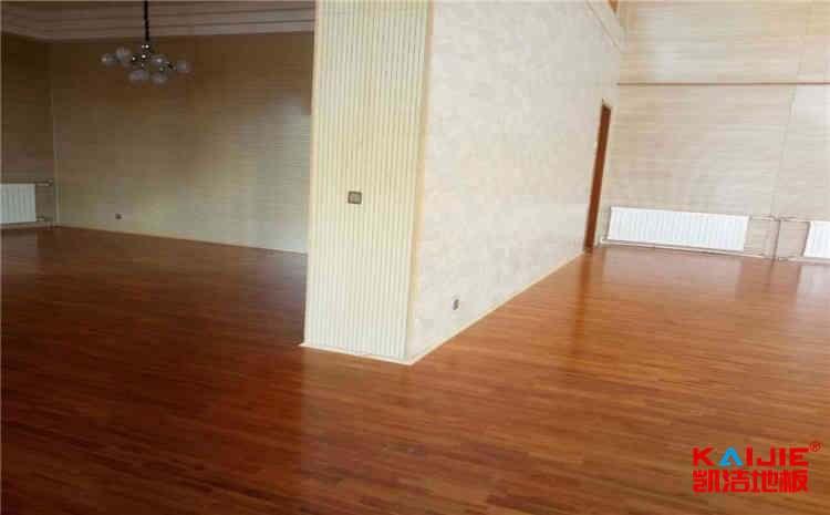 江苏枫木篮球地板价格是多少