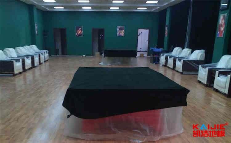 青海枫木体育地板价格是多少