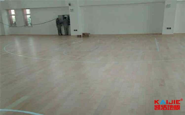 常用的舞蹈房木地板图片