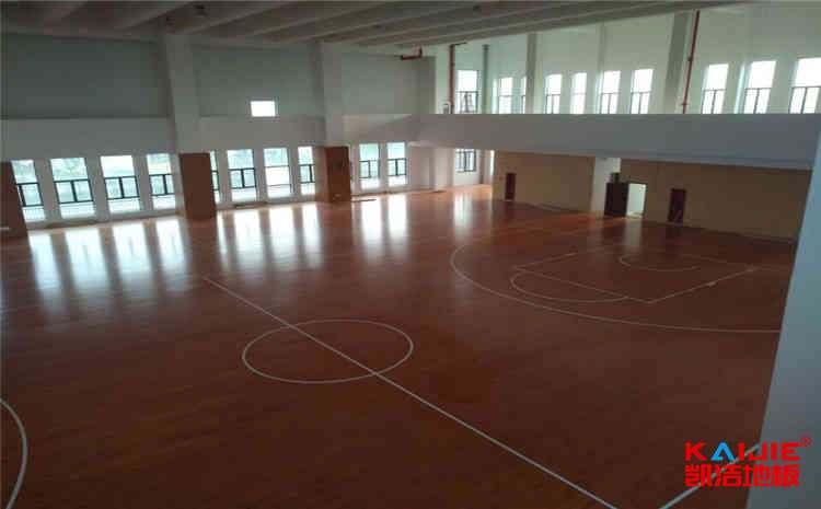 体育木地板色差原因是什么?