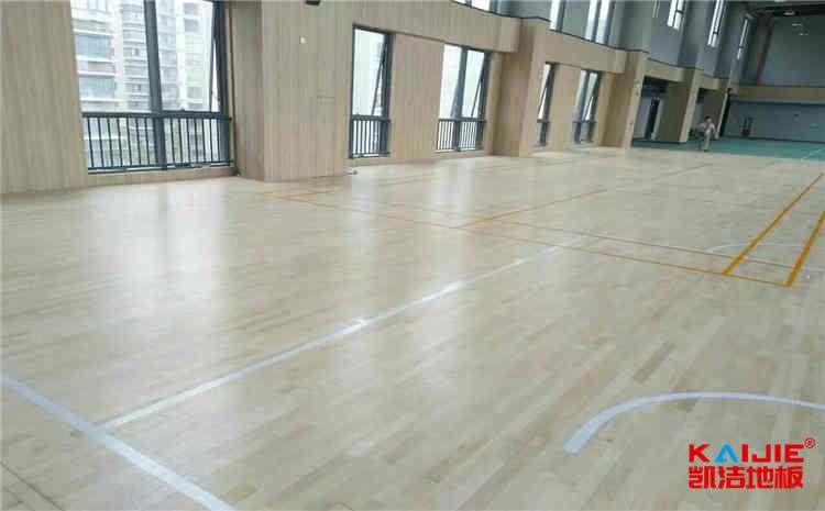 枫木木地板篮球馆翻新施工