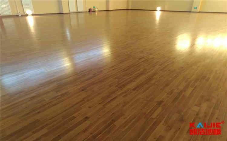 郑州实木运动地板哪个公司好
