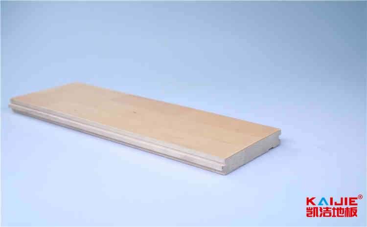 枫桦木和柞木运动木地板特点