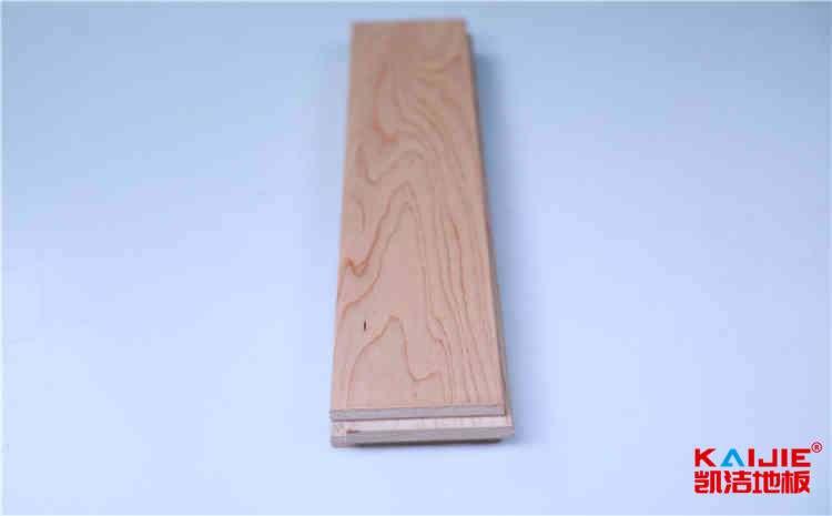 20厚篮球场木地板主辅龙骨结构