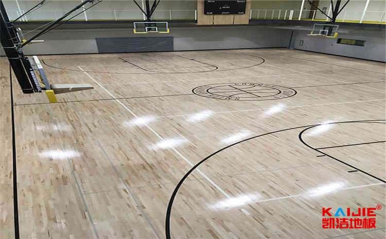 篮球馆木地板打磨翻新步骤