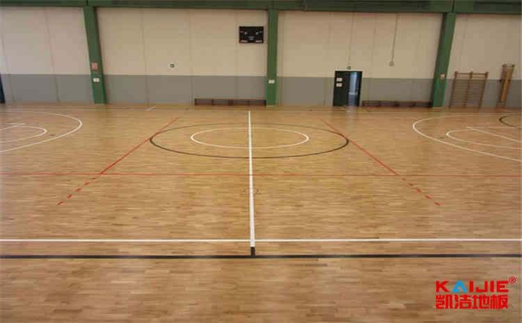 沈阳枫桦木篮球场地板打磨翻新