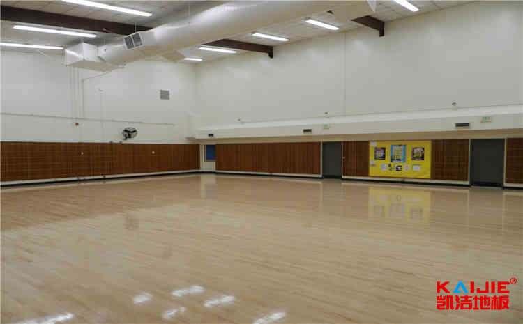 柞木篮球运动地板多少钱一平米?
