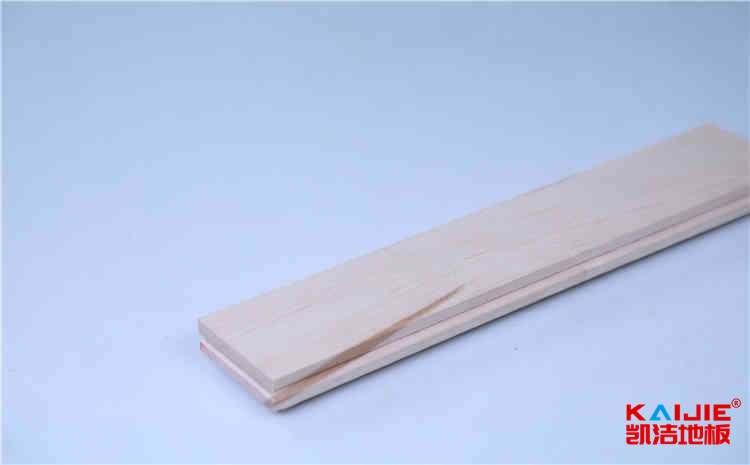 新疆枫木实木运动地板价格及图片
