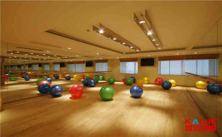 海南枫桦木篮球地板厂家报价