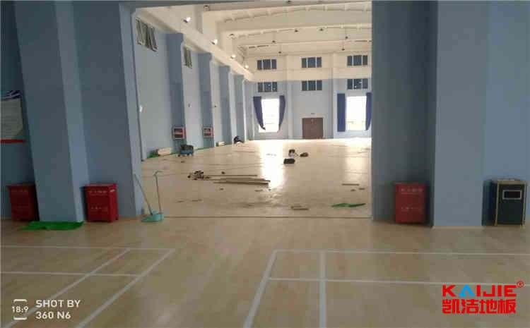 河南枫桦木体育地板生产厂家