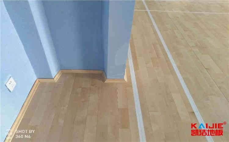 篮球馆木地板选择多少钱的合适?