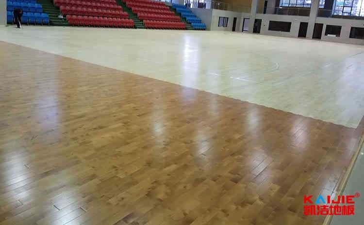 选择枫木篮球地板有什么优势?