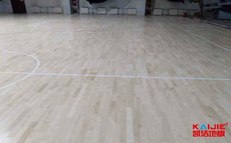 枫桦木运动木地板厂家批发