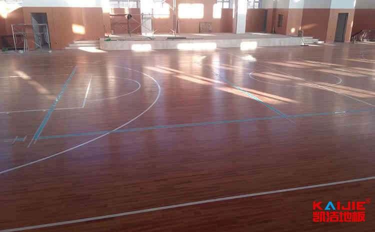 进口体育场馆木地板多少钱一平方