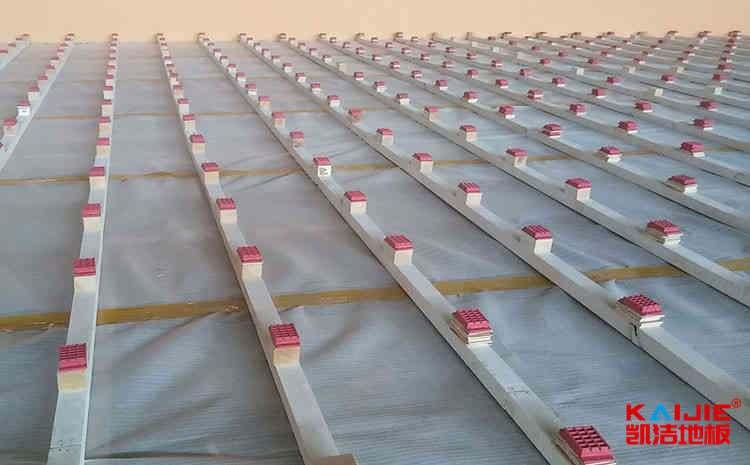 体育木地板如何安装面板