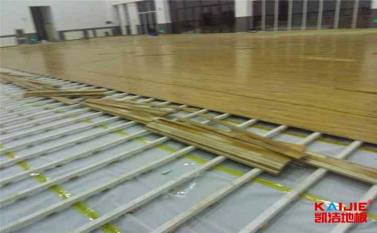 大型篮球场地板牌子有哪些