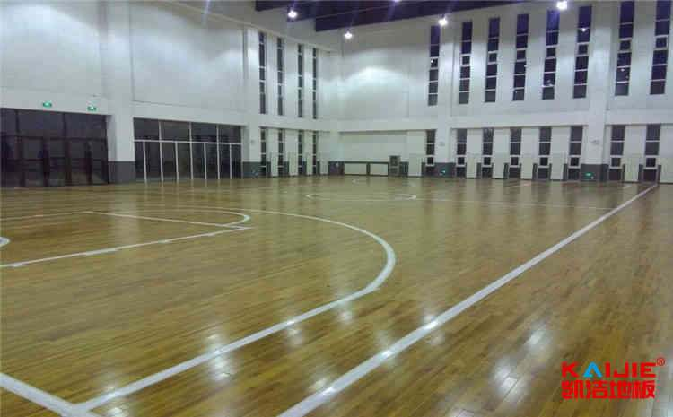 枫木木地板篮球馆安装工艺