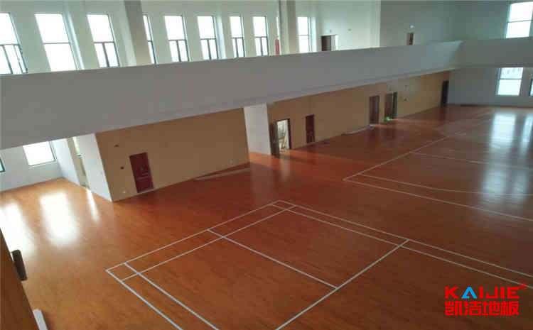 柞木舞蹈室木地板安装