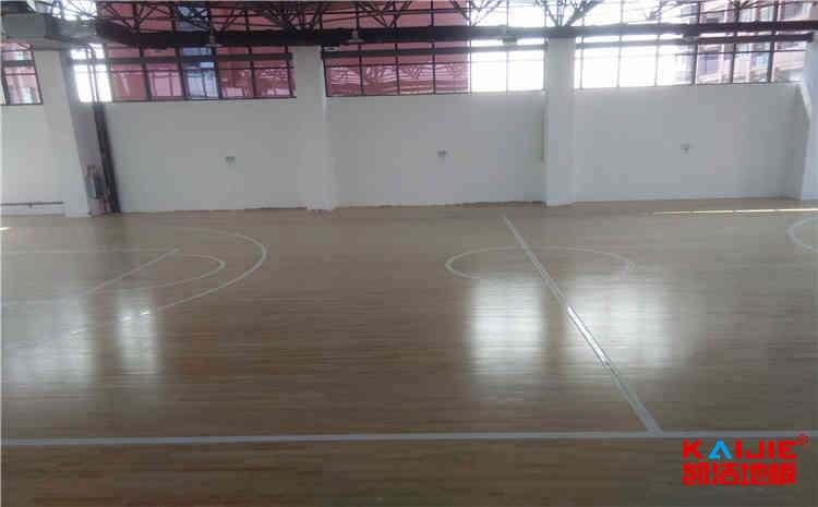 松木体育场木地板公司