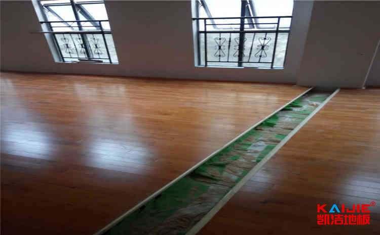 原木是怎么变成专业运动木地板的?