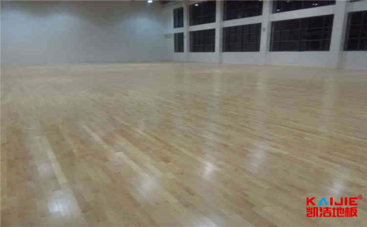 私人运动木地板保养