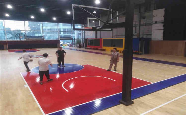 厦门埃里克概念篮球馆木地板安装