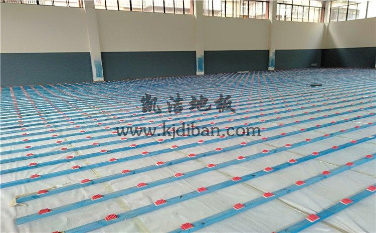 云南昆明五华区青少年宫篮球馆木地板